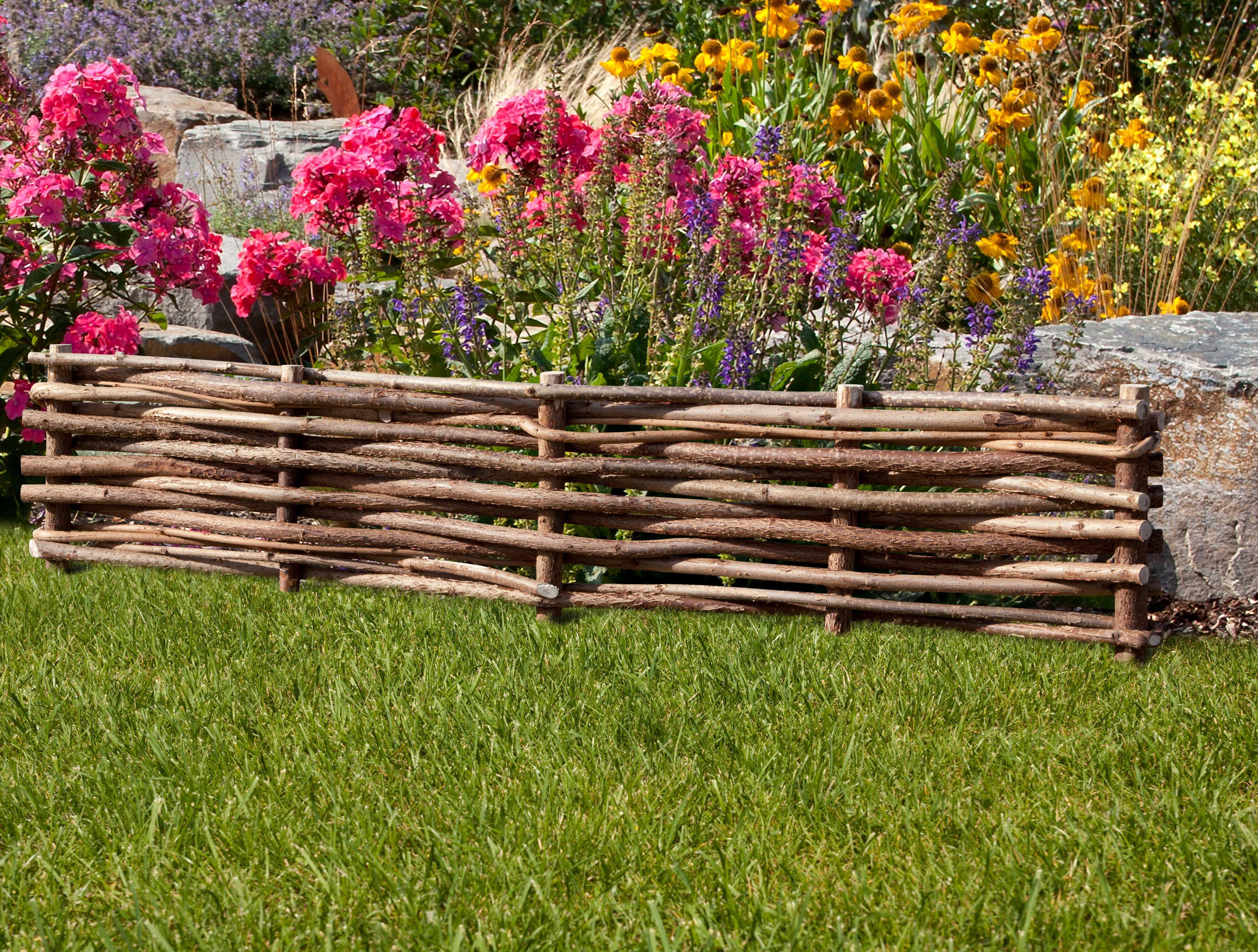 Сделать заборчик для сада своими руками фото
